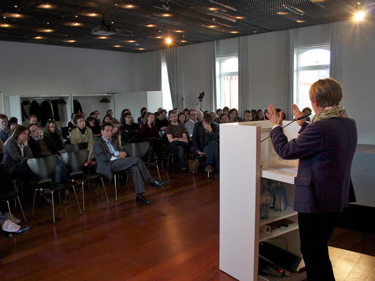 Lecture Adriana Cavarero