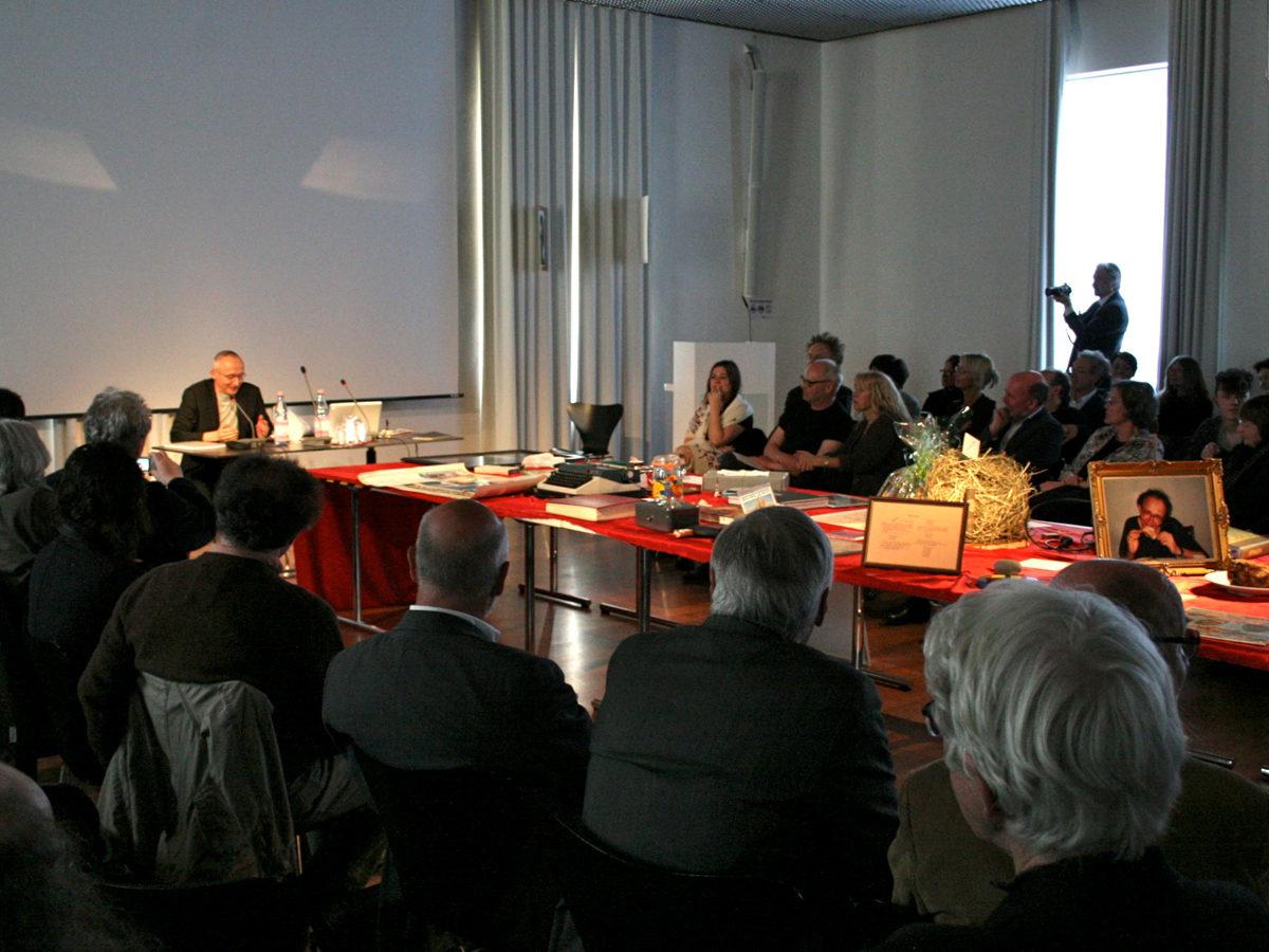 Symposium Sprache und Formen der Dinge