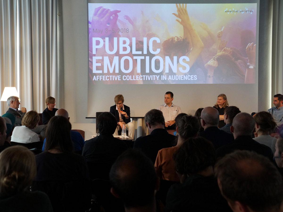 Discussion Public Emotions
